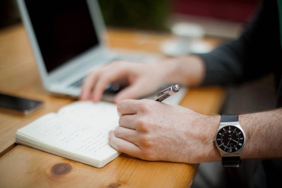 4_Vital_Considerations_When_Contemplating_a_Job_Change.jpg