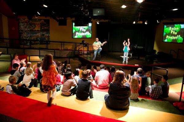 Childrens-theatre3-1024x683