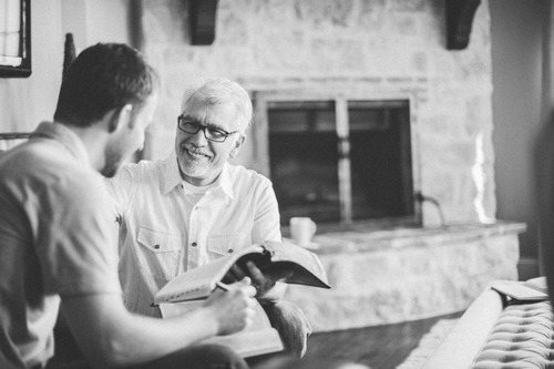 4_Ways_Senior_Pastors_Should_Relate_To_Their_Staff
